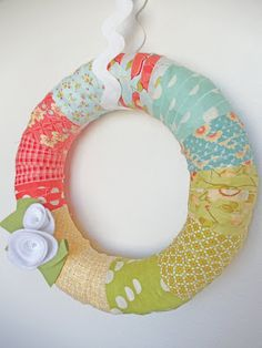 My Cotton Creations: Fabric Scraps Spring Wreath - LOVE this idea - and the felt flower accents - just perfect