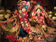 http://harekrishnawallpapers.com/sri-sri-rukmini-dwarkadhish-iskcon-los-angeles-wallpaper-001/