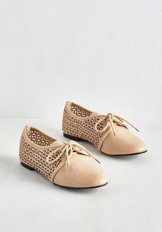 Willow or Won't You? Flat - Flat, Faux Leather, Tan, Solid, Cutout, Work, Casual, Vintage Inspired, 60s, Mod, Summer, Good, Lace Up