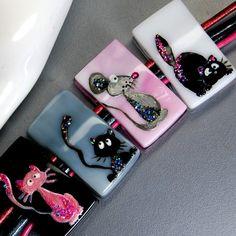 TRIZAS-ORIGINAL Handmade glass lampwork fused bead -- cats colors-TOS0210 SRA #TRIZASOriginal #fused