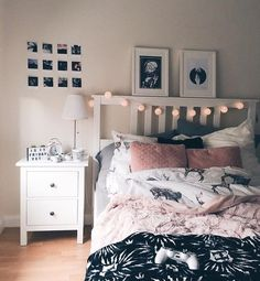 Living inspiration Schwarz, Weiß, Pink und Grau The Bedroom Refuge Is your bedroom a haven — a sanct Teen Bedroom Designs, Bedroom Themes, Bedroom Decor, Master Bedroom, Bedding Decor, White Bedroom, Bedroom Wall, Wall Decor, Bedroom For Girls Kids