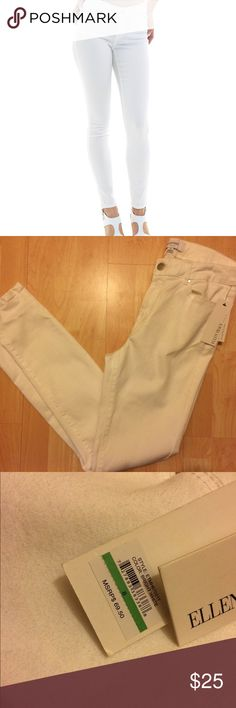Ellen and Tracy NWT Jeans Size 8; NWT; Bright white skinny jeans; There is a mark from the hanger on the jeans as shown Ellen Tracy Jeans Skinny