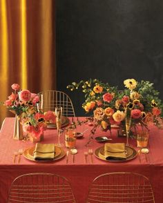 """See the """"Set a Brilliant Table"""" in our 6 Ways to Pull Off a Coral and Gold Color Palette gallery"""