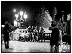 Danseurs de Tango au pied de la colonne des girondins à #Bordeaux, #France / #BDXLIVE