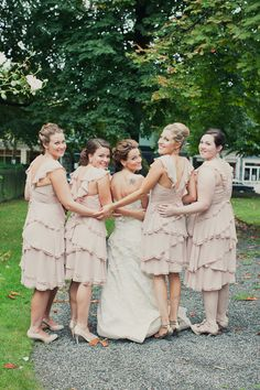 pretty bride and bridesmaids picture