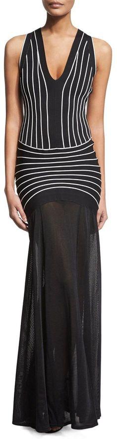 Black Sleeveless Contrast-Seam Long Halter Gown