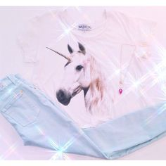 Dreamy Unicorn tshirt: WILDFOX - Unicorn Dream Tee $70 // jeans: 7 For All Mankind - Ankle Skinny Mint Jeans $186 // necklace: Mere necklace $143 #wildfox #dreamon #magicalunicorn #graphictee #musthave #kkbloomstyle