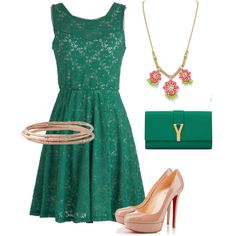 :O Its soo pretty (I'm gonna go hunt for this dress and I shall find it!) :D