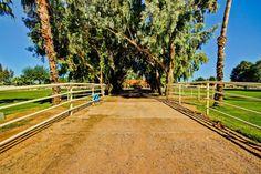17836 E Brooks Farm Road, Gilbert AZ 85298 - Photo 1