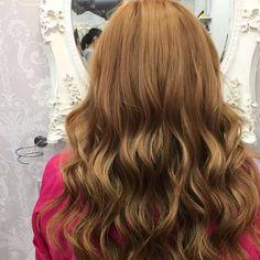 DESPUES | Melena pelirroja en todo su esplendor gracias a las extensiones 💥  Pelazo conseguido gracias a @evapellejero ➕ @great_lengths ⠀  #evapellejero #greatlenghts #extensiones #pelirroja #redhair #transformacion #hairextensions #transformationtuesday Long Hair Styles, Beauty, Extensions, Redheads, Thanks, Style, Cosmetology, Long Hairstyles, Long Hair Cuts