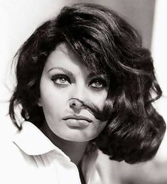 """Learn more about luscious style icon and actress, Sophia Loren (originally """"Sofia"""" Loren) and enjoy our Sophia Loren photo gallery. Glamour Hollywoodien, Old Hollywood Glamour, Classic Hollywood, Vintage Hollywood, Glamour Beauty, Vintage Glamour, Divas, Most Beautiful Eyes, Beautiful People"""