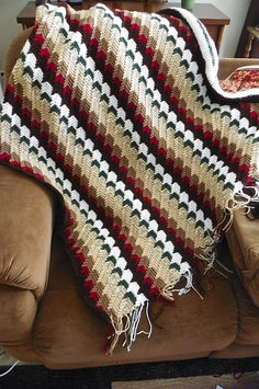 Apache Tears Crochet Pattern When I first saw this pattern I cried with happiness! I love these Apache Tears Crochet #crochetpattern #freepattern