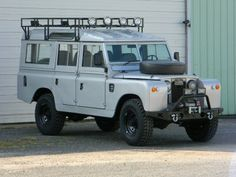 1967 Land Rover IIA Tent-top a