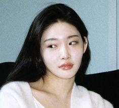 Aesthetic Japan, Aesthetic Women, Aesthetic Girl, Jung So Min, Kpop Girl Groups, Kpop Girls, Pretty People, Beautiful People, Miss Girl