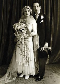 1930 newlyweds Dora and Isaac London, England Photo by Boris Bennett