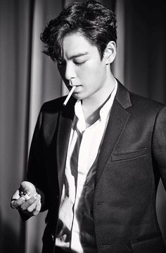T.O.P for Max Movie (September 2014) - i dont really like photos featuring cigarettes but this is a gorgeous shot of TOP.