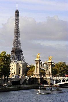 The Eiffel Tower, Paris #EiffelTower #Paris #France #EuropeanTravel