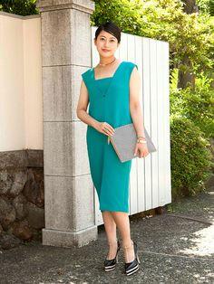 カラードレスを辛口スタイリング。「k3」プレス 山﨑美穂さんのお呼ばれスタイルをご紹介。