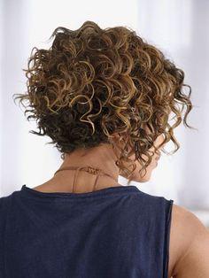 20 short bob hairstyles for curly hair- 20 kurze Bob Frisuren für lockiges Haar Short Curly Hair 2018 - Thick Curly Hair, Curly Hair Cuts, Curly Hair Styles, Natural Hair Styles, Short Permed Hair, Straight Hair, Short Curly Bob, Curly Bob Bangs, Curly Undercut