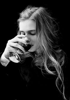 """From previous pinner: """"Drink it and you relinquish your most valued memory, but you save his life."""" Or her life... Plot inspiration for later in the series!"""