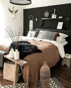 Trendy Bedroom Black Brown Lights Ideas - New Ideas Bedroom Black, Dream Bedroom, Home Decor Bedroom, Bedroom Brown, Bedroom Inspo, Bedroom Wall, Black Bedding, Bedroom Colors, Diy Bedroom