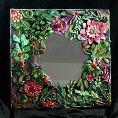 jungle mirror, inpiration by Christi Friesen Polymer Clay Painting, Polymer Clay Canes, Polymer Clay Flowers, Polymer Clay Projects, Diy Clay, Clay Crafts, Arts And Crafts, Jungle Crafts, Clay Wall Art