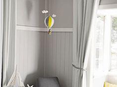 Hot air ballon mobile, bébé mobile, couleurs personnalisées, pépinière mobile, jaune gris mobile, décoration chambre bébé, feutre de laine