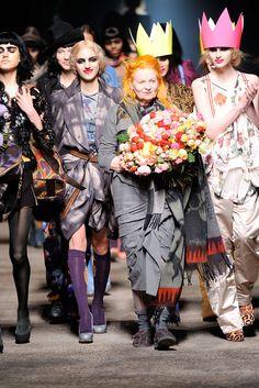 Vivienne Westwood - Fall 2010 Ready-to-Wear - Look 54 of 54