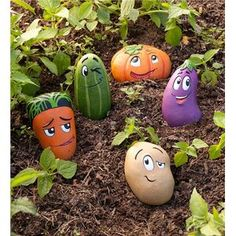 These 5 Piece Garden Stone Set features whimsically cartoony veggie buddies are cast in weather-resistant resin, so they are a delightful addition to your garden and as markers in your vegetable bed. But with their adorable expressions and bright colors, Stone Crafts, Rock Crafts, Crafts With Rocks, Vegetable Bed, Vegetable Gardening, Hydroponic Gardening, Indoor Gardening, Veggie Gardens, Plants Indoor