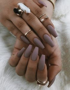 32 + Fall Nails Farben Acryl Sarg Das wird Sie motivieren, 32 + Fall Nails Colors Acrylic Coffin That will motivate you … – Matte Acrylic Nails, Matte Nail Polish, Acrylic Nails For Fall, Gel Nail, Acrylic Nail Designs Coffin, Matte Stiletto Nails, Coffin Nails Ombre, Pink Coffin, Acrylic Nails Coffin Short