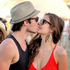 Sexy Kissing Of Nina Dobrev And Ian Somerhalder