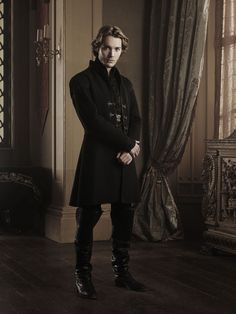 Reign | Toby Regbo as Prince Francis