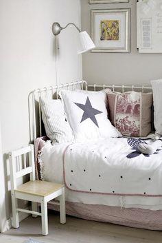 cama de hierro para niños