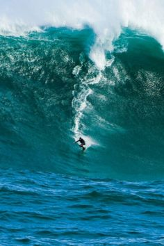 Wow that is a awesome wave.