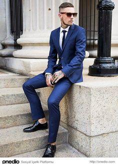 Bir ceket, mont, kaban, vs. üzerinize eldiven gibi oturmalıdır.
