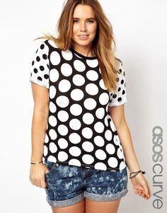 ASOS Curve   ASOS CURVE Exclusive T-Shirt With Big And Little Spots at ASOS