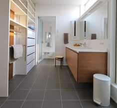 Pin on 洗面台 Home Room Design, Interior Design Kitchen, Modern Interior Design, Bathroom Interior, Interior Architecture, House Design, Bathroom Toilets, Laundry In Bathroom, Washroom