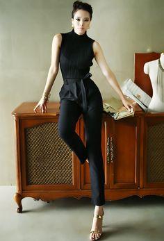 Half Sleeve Blouse accordion chic dint black blouse 딘트
