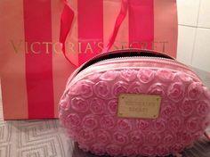 neceseres victoria secret rosas en relieve rococo