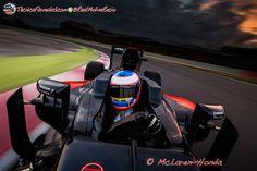 """Alonso: """"Es extraño que en la era de las comunicaciones y la tecnología la F1 lo restrinja""""  #F1 #Formula1 #AusGP"""
