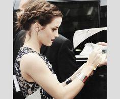 coque com trança embutida Emma Watson