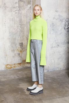 MM6 Maison Margiela Fall 2015 Ready-to-Wear Collection Photos - Vogue