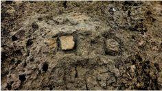 Monte Prama: La 'dissacrazione' della scritta di Tharros. Stran...