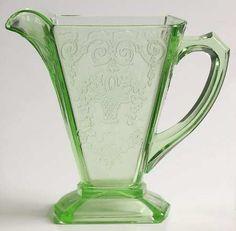 Lorain Pattern Indiana Glass Company, Green Depression Glass Creamer 1929-1932