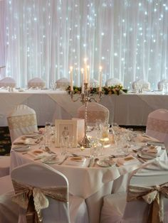 So simple, so elegant, a really beautiful design by Truly Scrumptious Wedding & Events - www.truly-scrumptious-events.co.uk