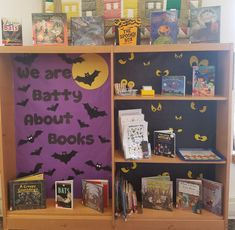 Teachers Pet, Parents As Teachers, Halloween Celebration, Halloween Themes, Classroom Resources, Classroom Ideas, Cadbury Curly Wurly, Ourselves Topic, Display Boards
