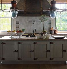 Love this kitchen and especially the white footed bowls filled with vegetables & fruit ~ from hampton hostess
