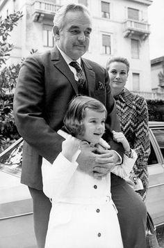 Principauté de Monaco - Il y a 10 ans disparaissait le prince Rainier III Grace Kelly Mode, Grace Kelly Style, Princess Grace Kelly, Prince Rainier, Camille Gottlieb, Patricia Kelly, Prince Frederick, Monaco Royal Family, Hollywood Star