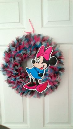 Minnie Mouse Tulle Wreath by TutuChicWreaths on Etsy