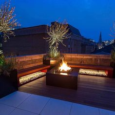Shoreditch roof terrace design by The Garden Builders - Terraco - Terrasse Roof Terrace Design, Rooftop Design, Pergola Shade, Diy Pergola, Pergola Kits, Cheap Pergola, Pergola Ideas, Rooftop Terrace, Terrace Garden
